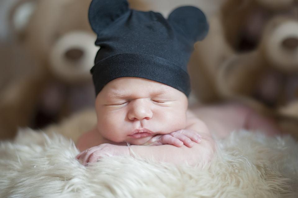 Comment savoir si bébé dort profondément ?