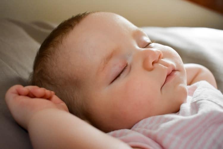 Comment endormir un bébé rapidement ?