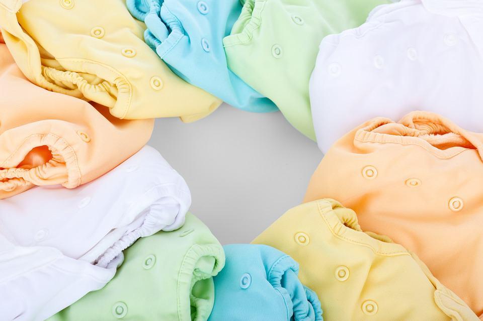 À quelle fréquence doit-on changer les couches de bébé ?