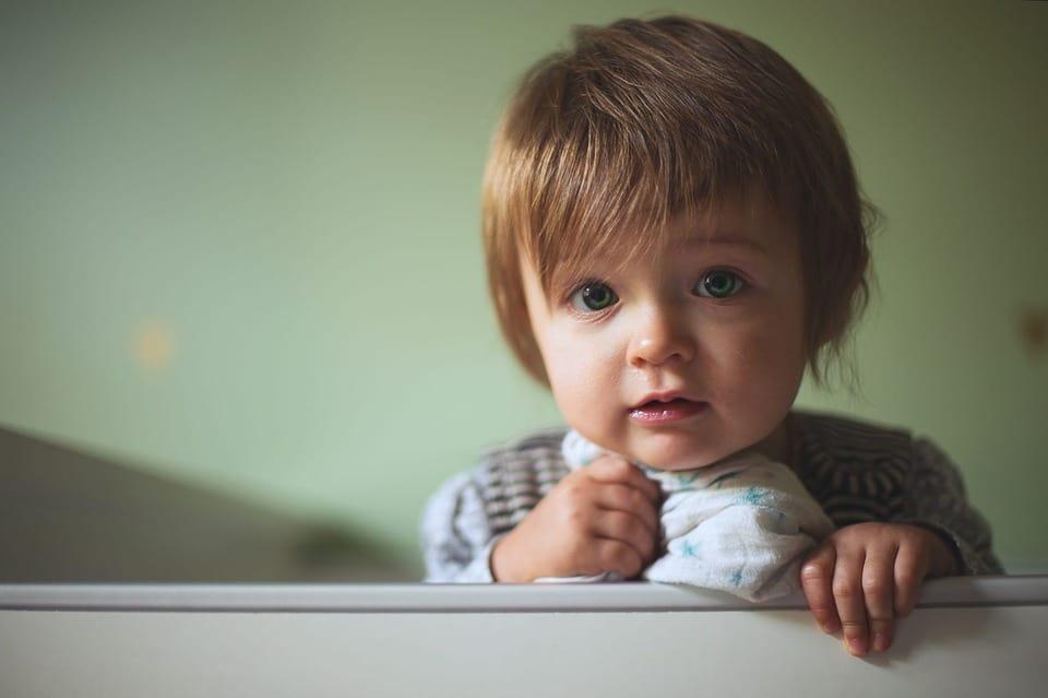 Qu'est-ce qui peut empêcher un bébé de dormir ?